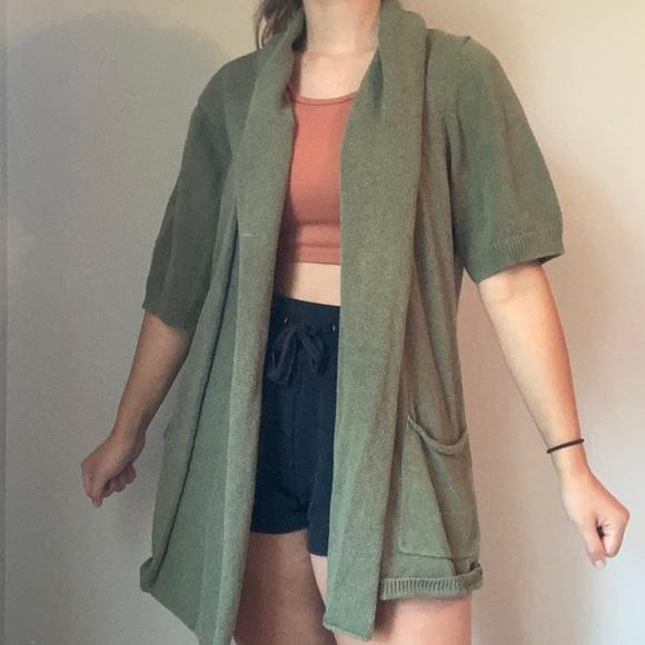 Knit Army Green Short-Sleeved Cardigan